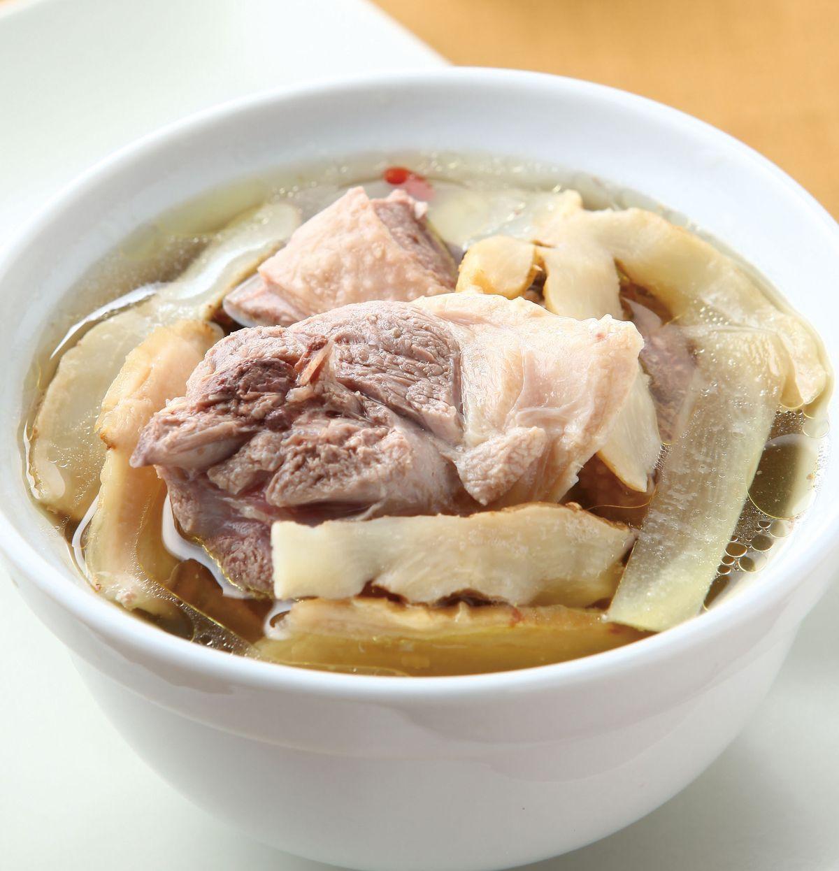 食譜:洋蔘玉竹煲鴨湯