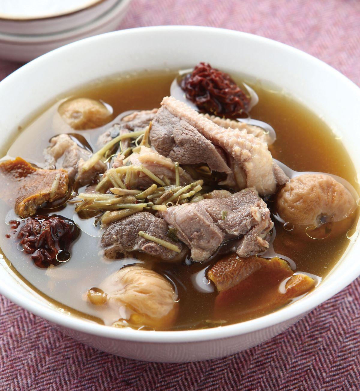 食譜:金銀花水鴨湯