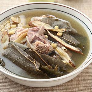 荷葉薏仁煲鴨湯