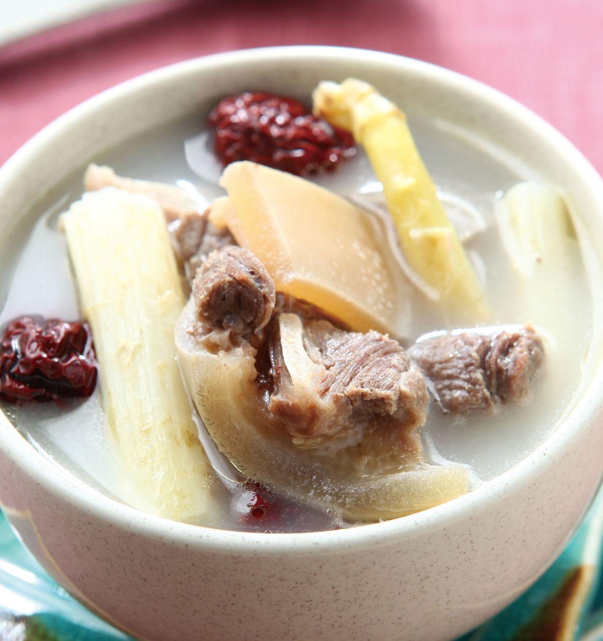 食譜:紅棗蘆筍煲牛尾