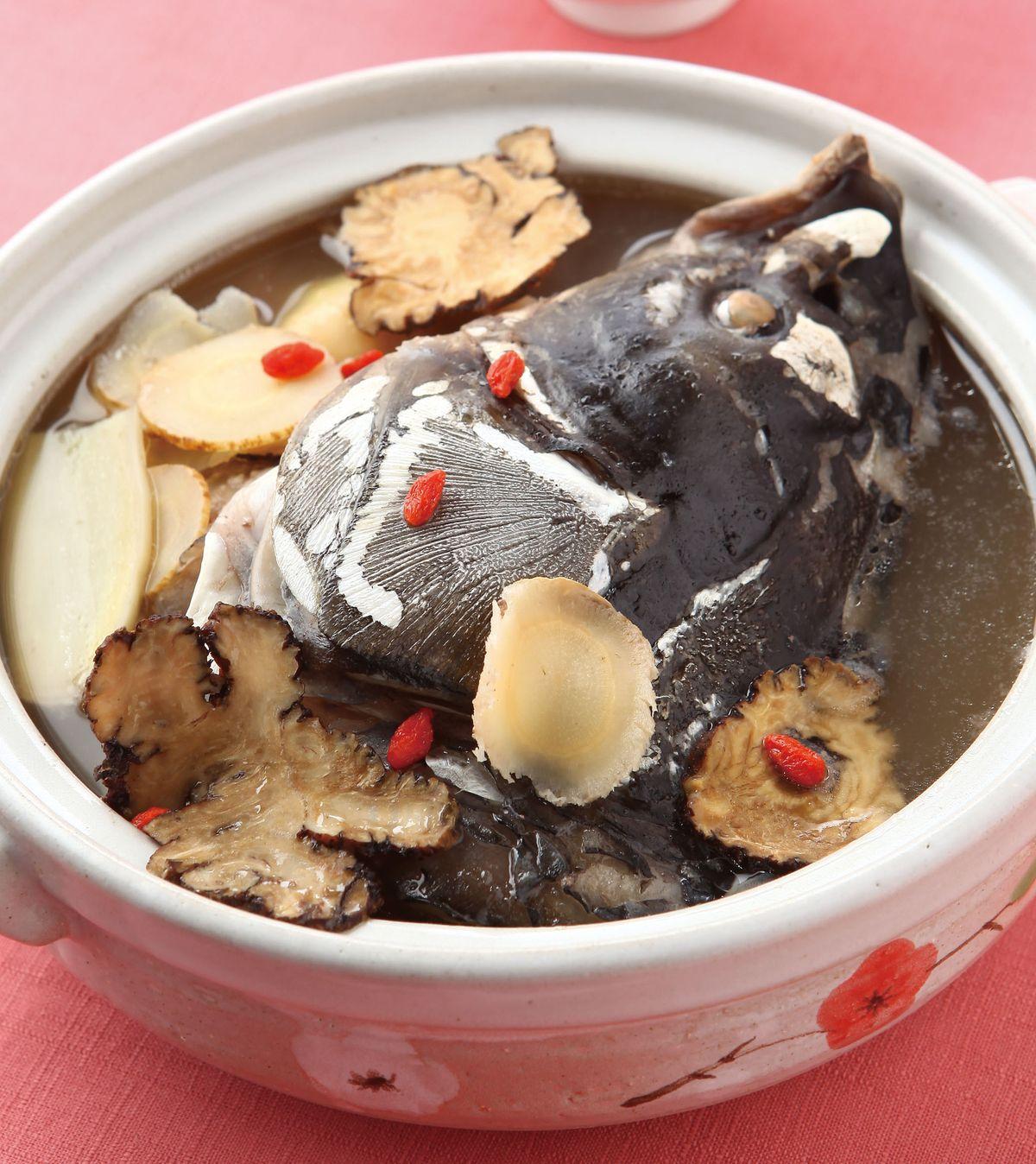 食譜:川芎白芷魚頭湯