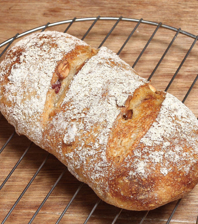 食譜:歐式蔓越莓腰果麵包