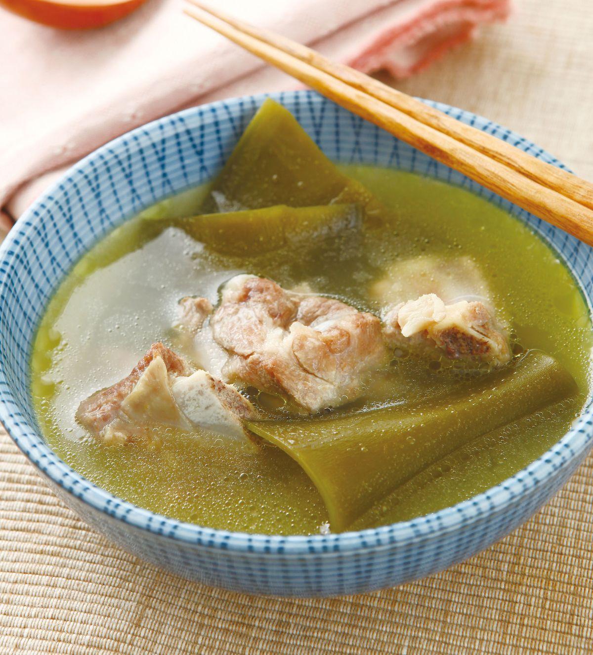 食譜:昆布排骨湯(2)