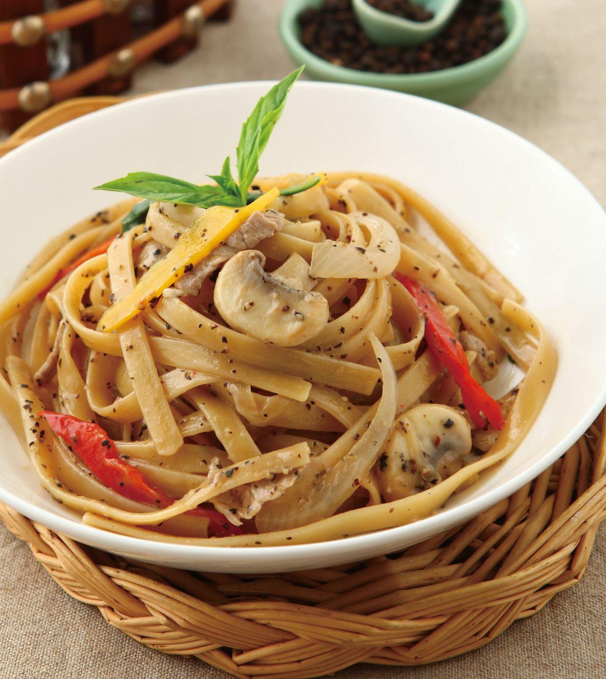 食譜:黑胡椒義大利麵