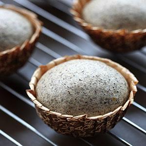 芝麻豆腐蒸蛋糕