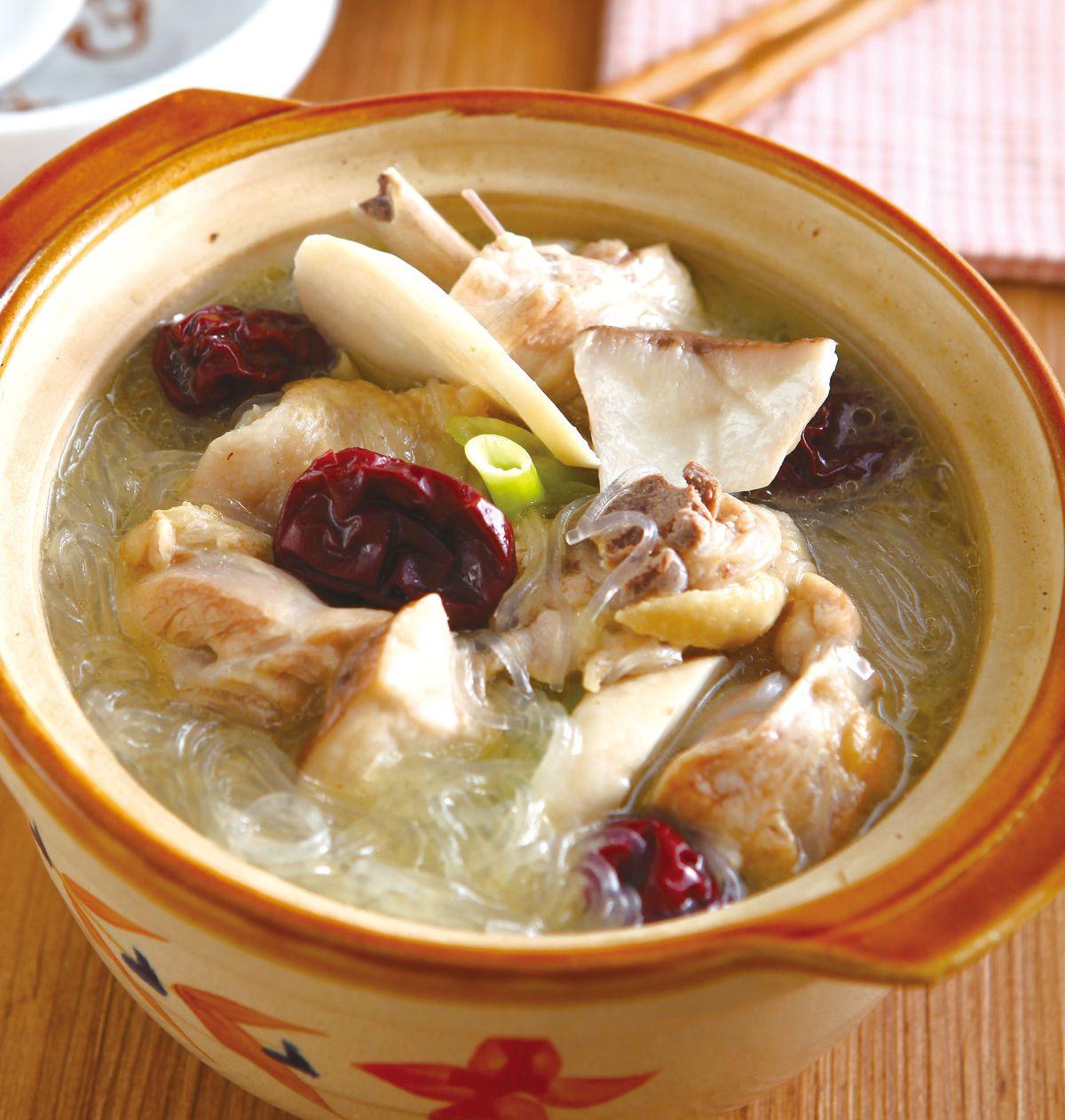 食譜:紅棗土雞鍋
