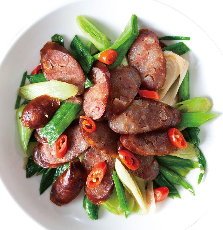 食譜:蒜苗快炒燻臘腸