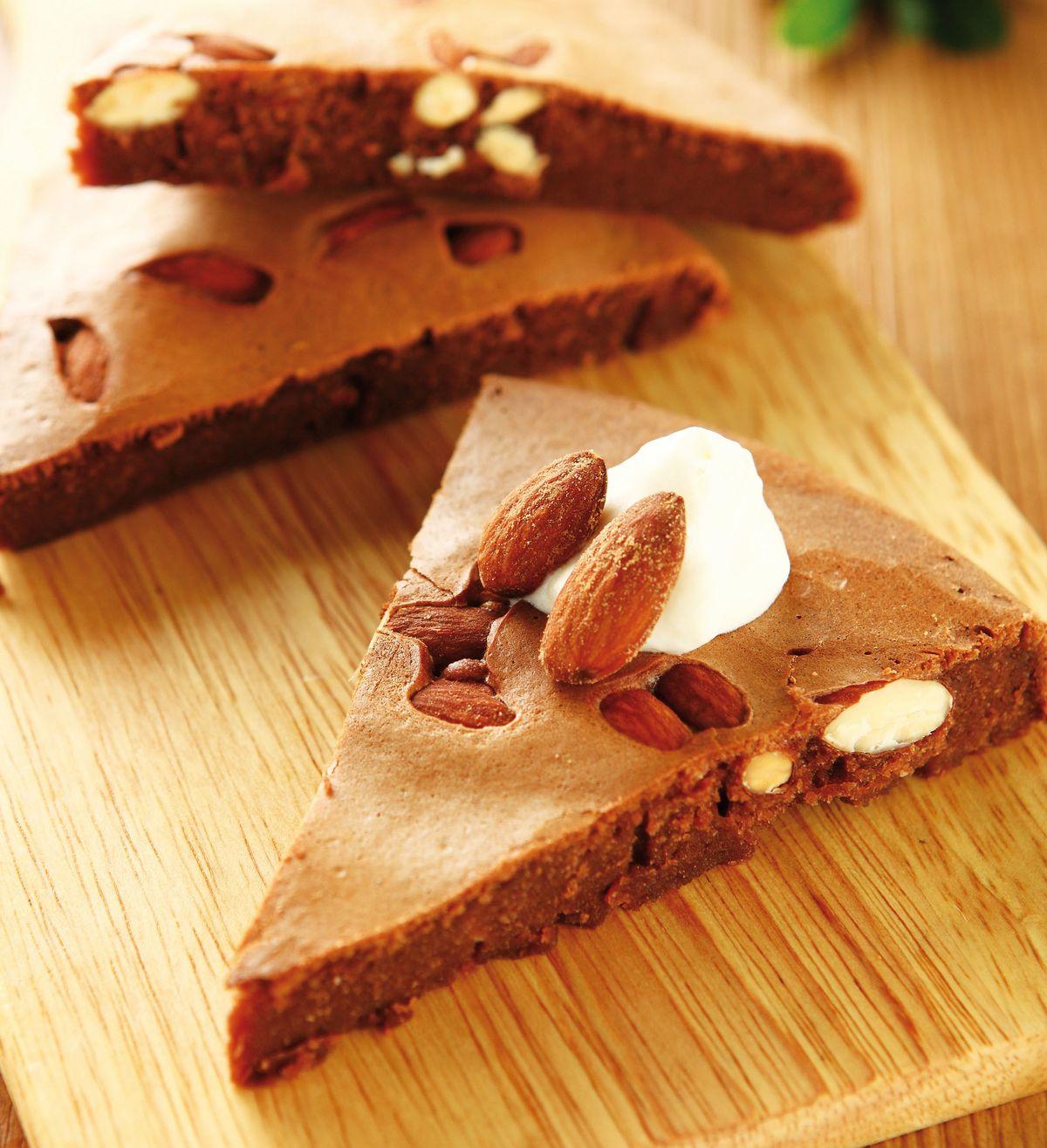 食譜:巧克力杏仁蛋糕