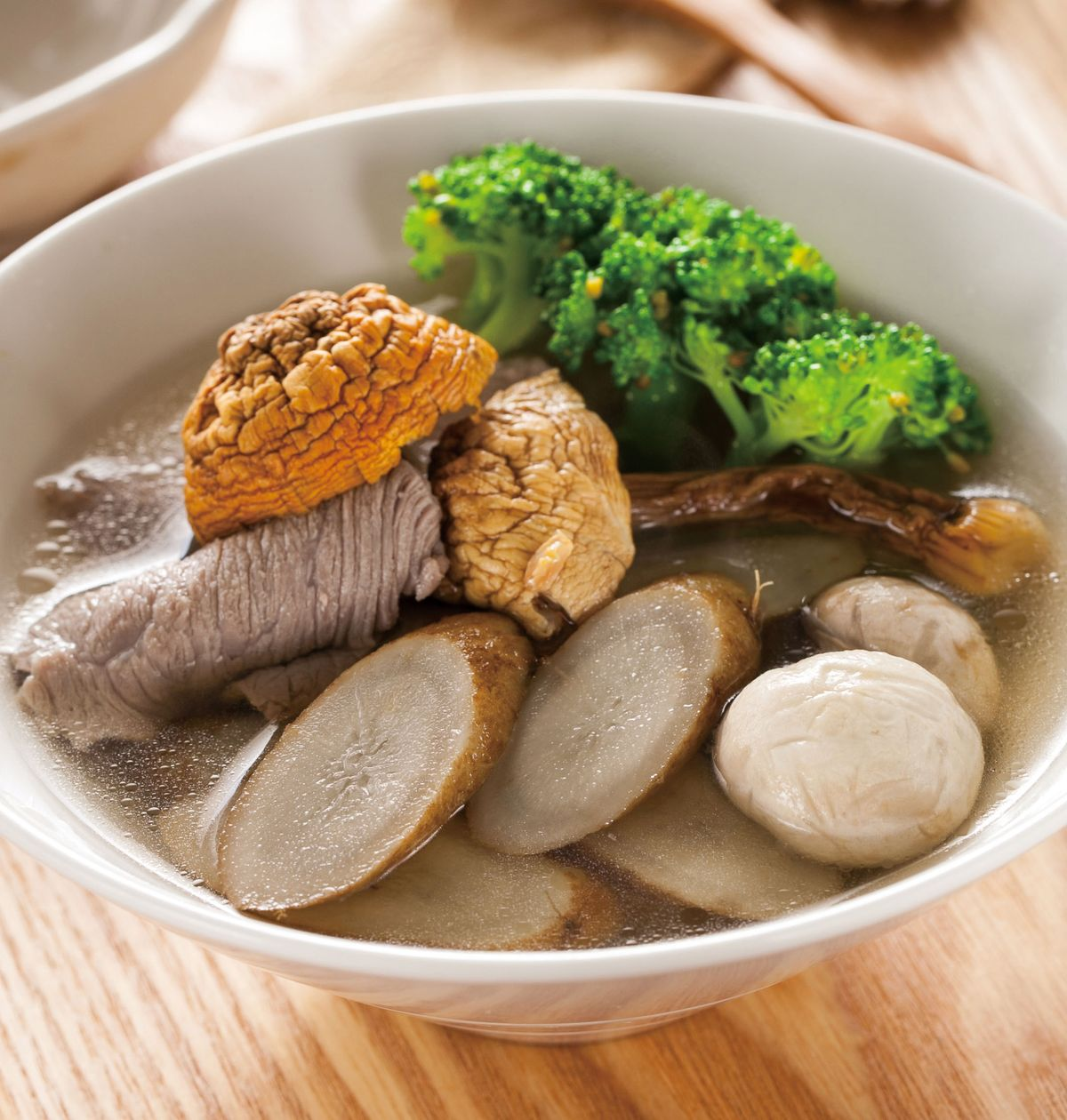 食譜:巴西蘑菇牛蒡燉肉片