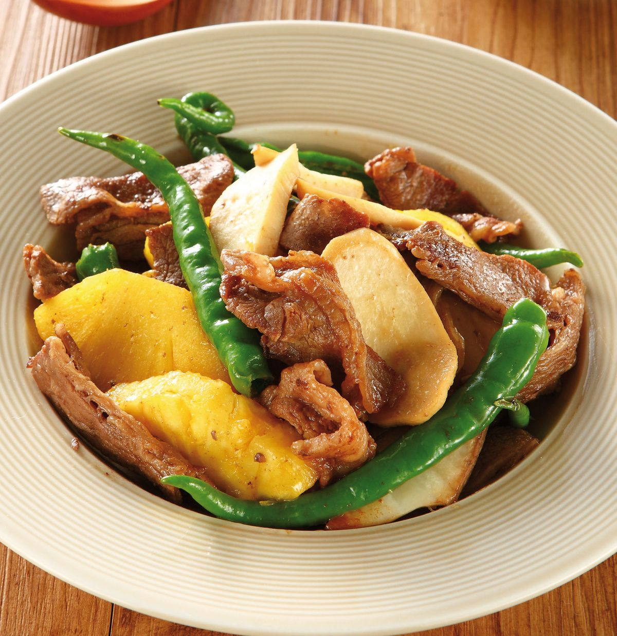 食譜:杏鮑菇炒牛肉片