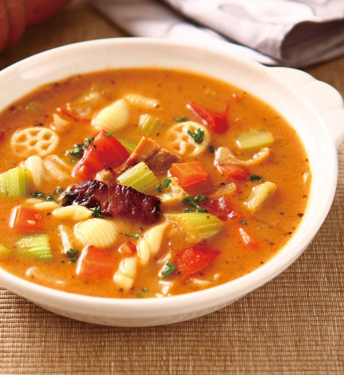 食譜:蔬菜烤雞義大利麵濃湯