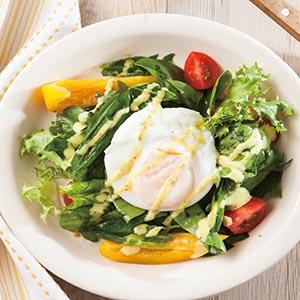 水波蛋菠菜沙拉