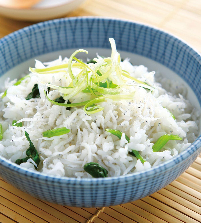 食譜:魩仔魚菠菜泡飯
