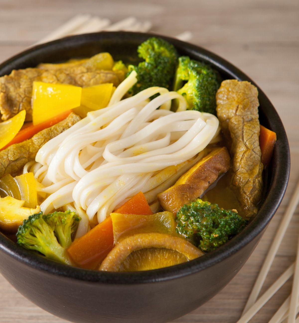 食譜:咖哩牛肉湯麵(2)