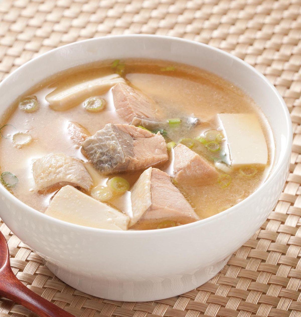 食譜:味噌魚湯