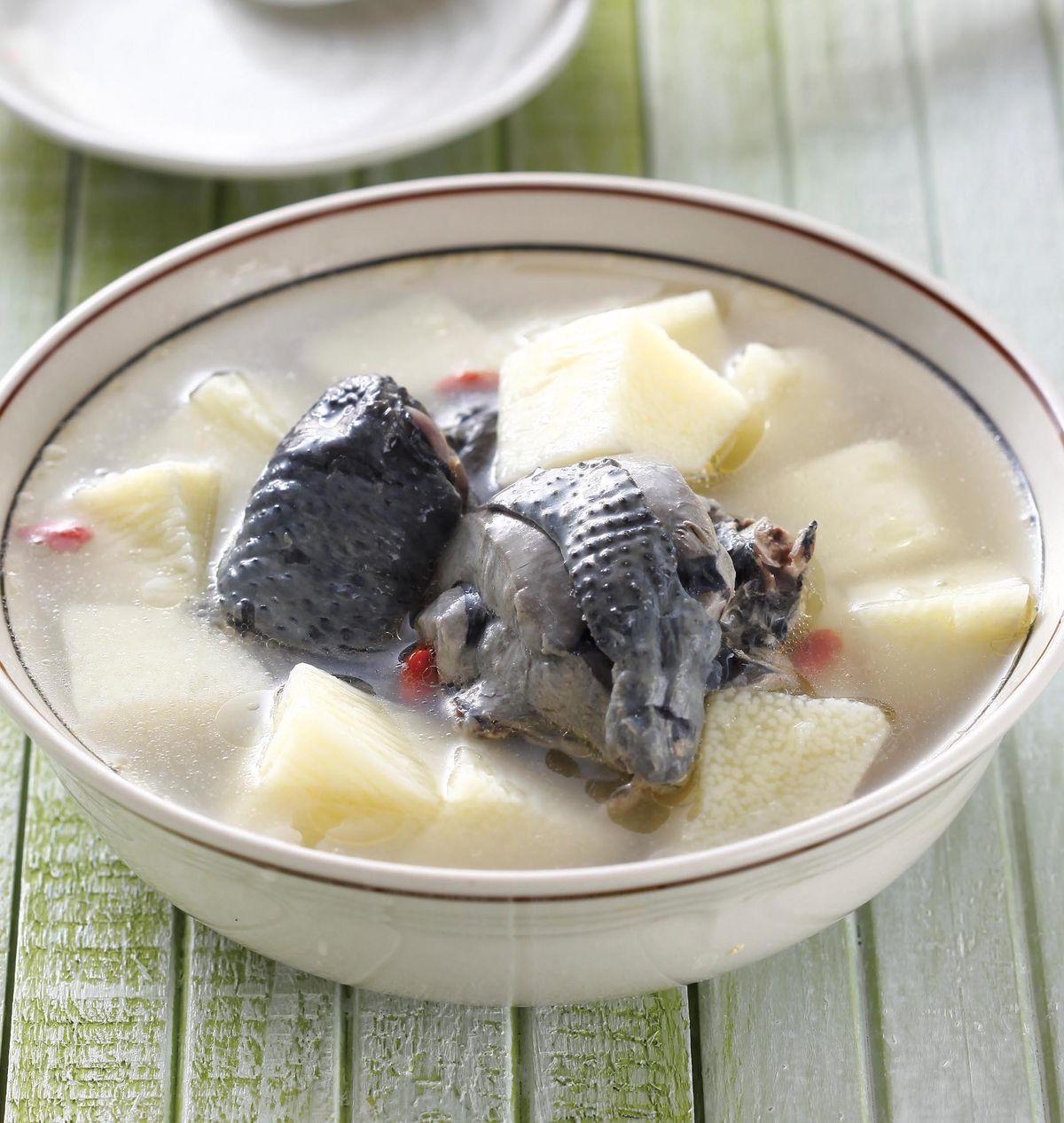 食譜:山藥枸杞雞湯(2)