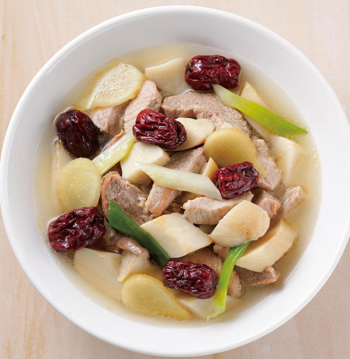 食譜:麻油杏鮑菇燉霜降豬