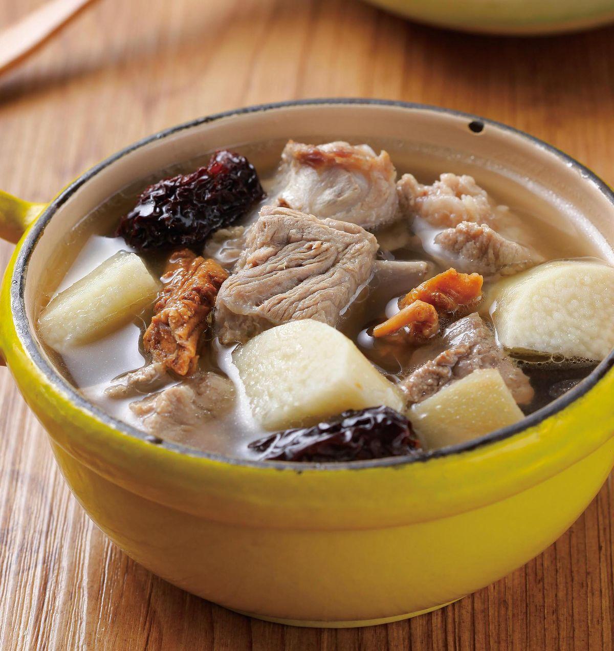 食譜:黑棗山藥排骨湯