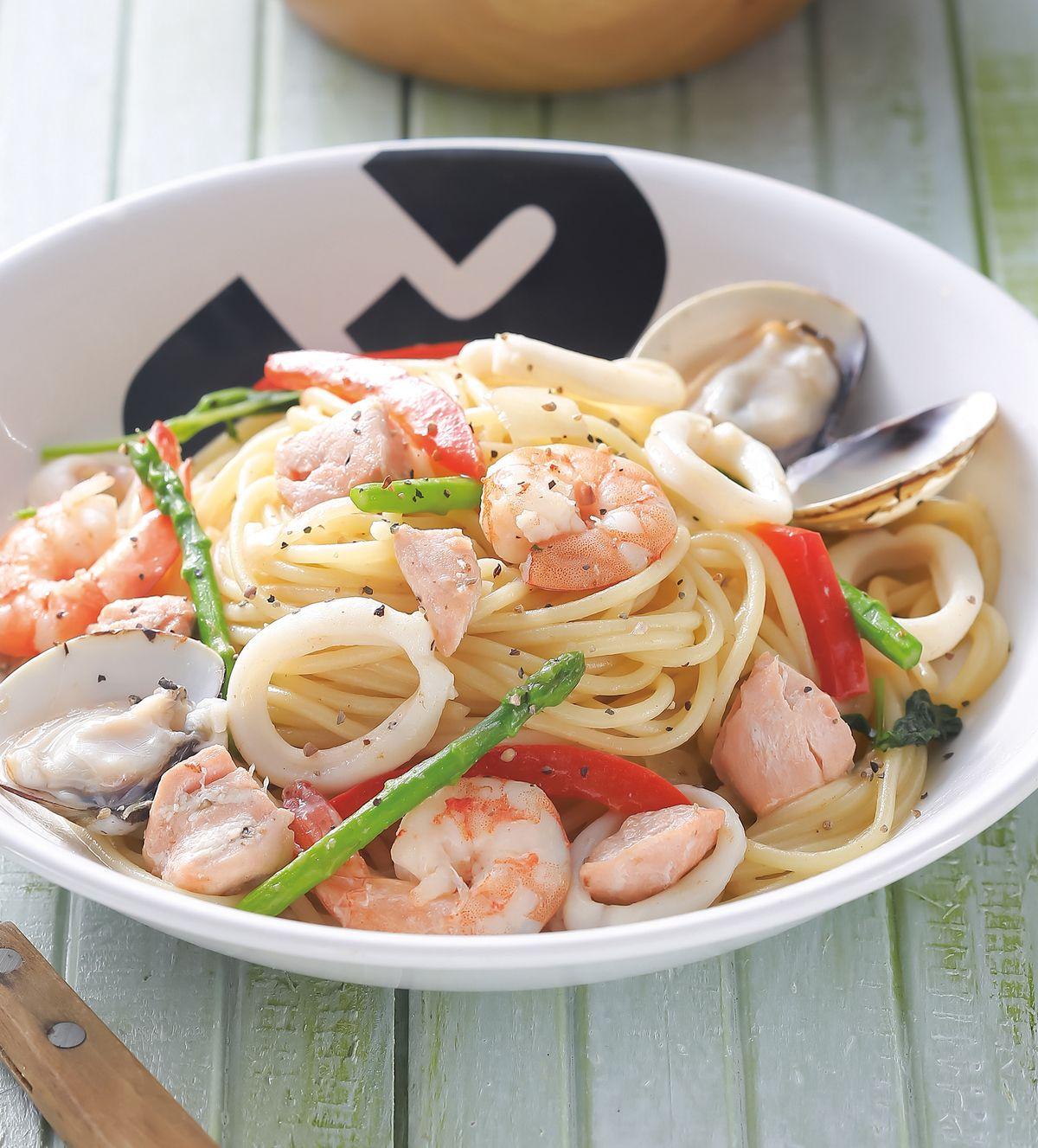 食譜:蘆筍海鮮義大利麵
