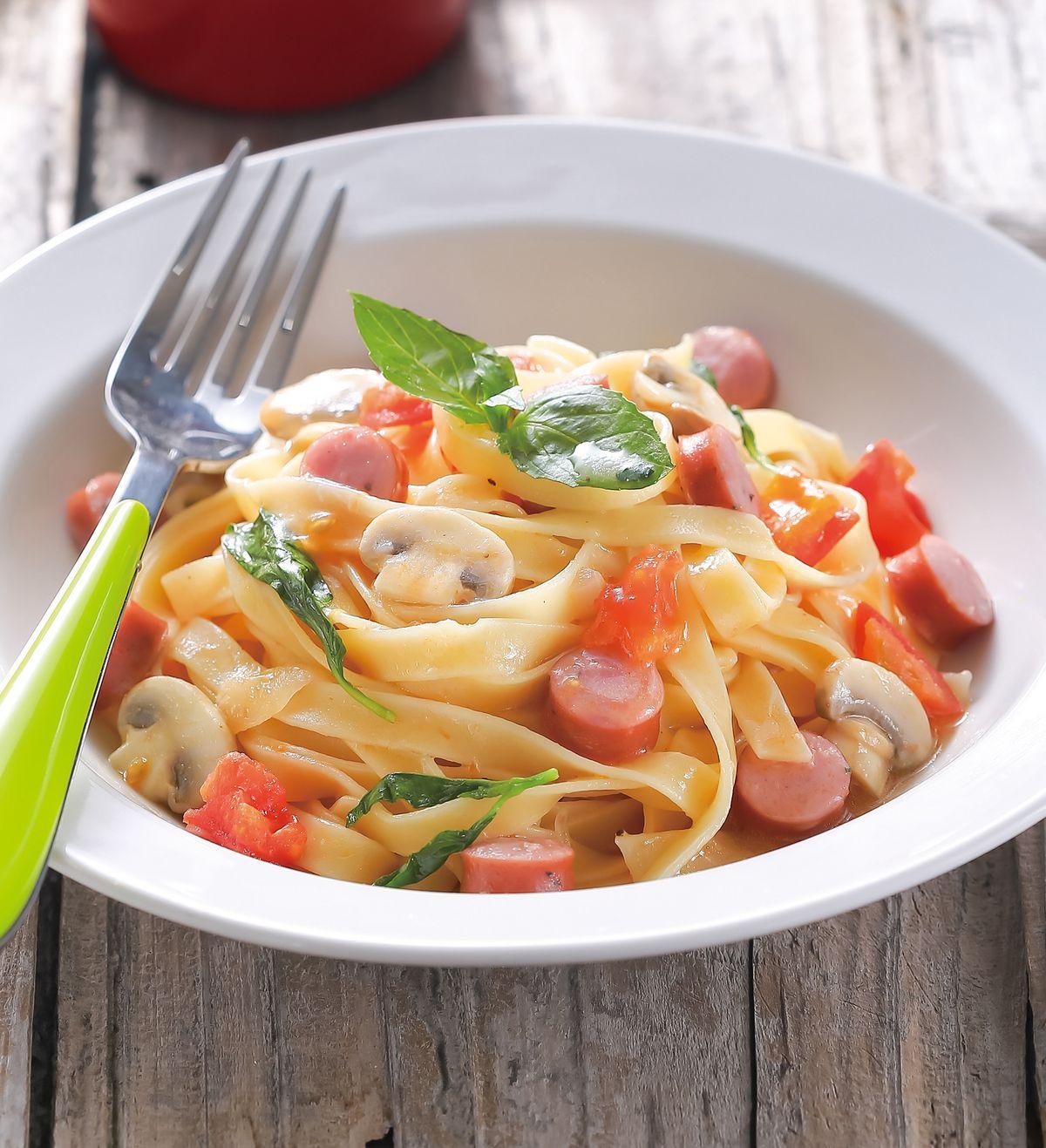 食譜:番茄香腸義大利麵