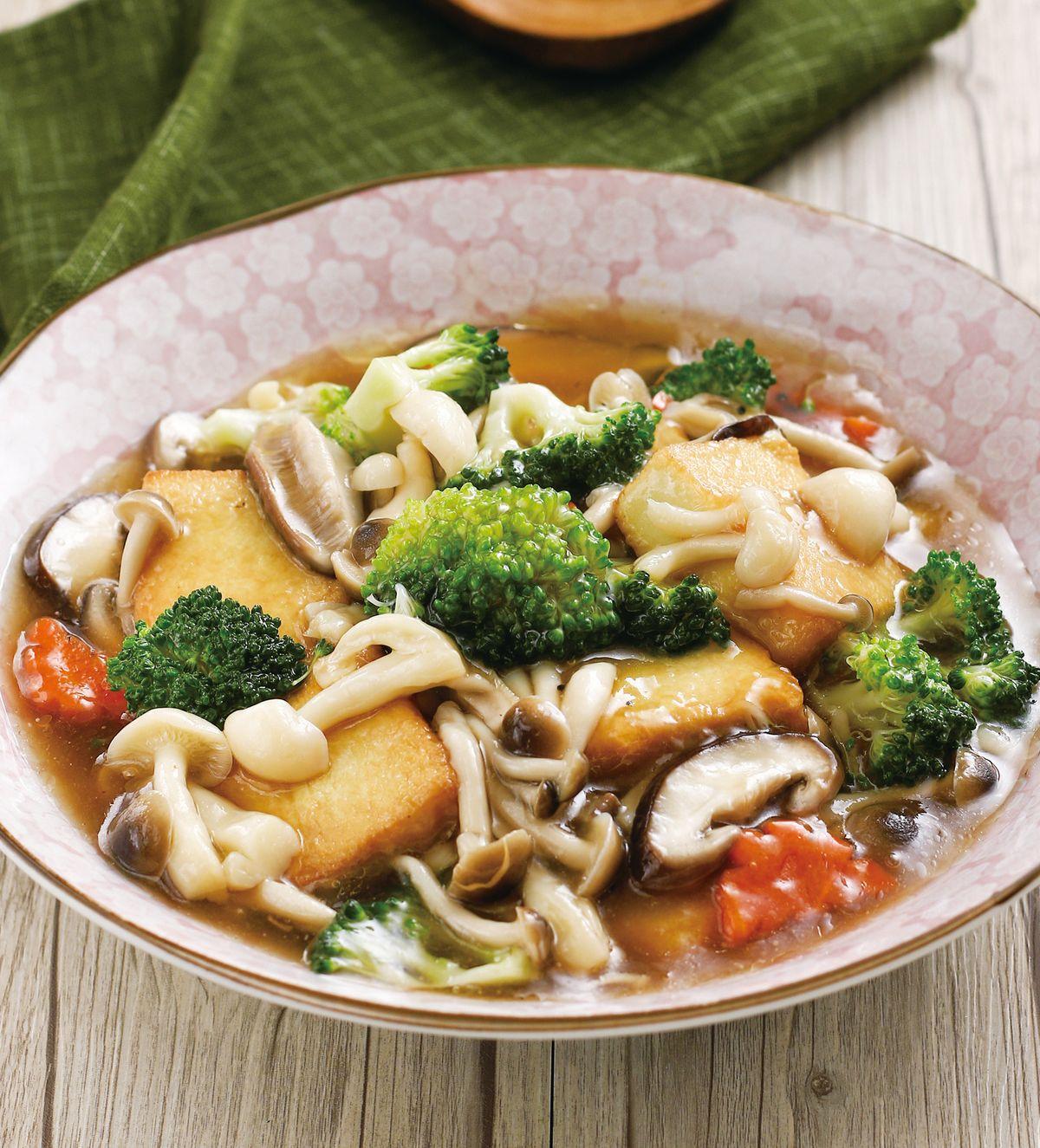 食譜:菇菇豆腐煲