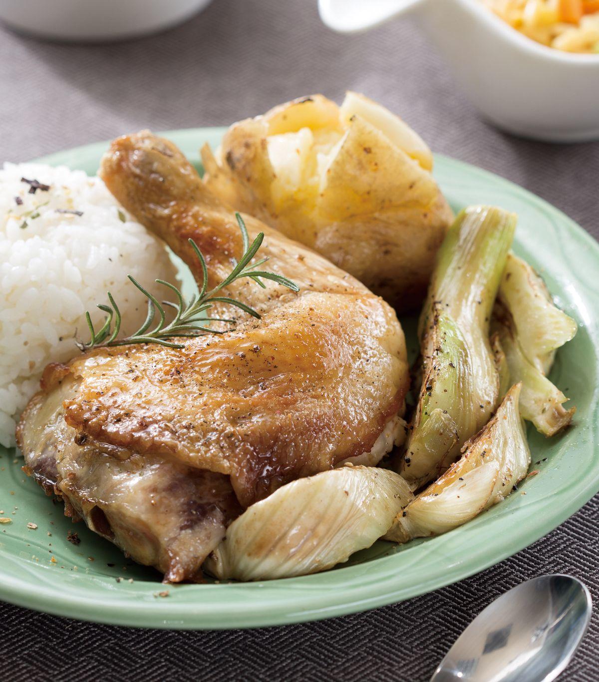 食譜:烤馬鈴薯雞腿飯