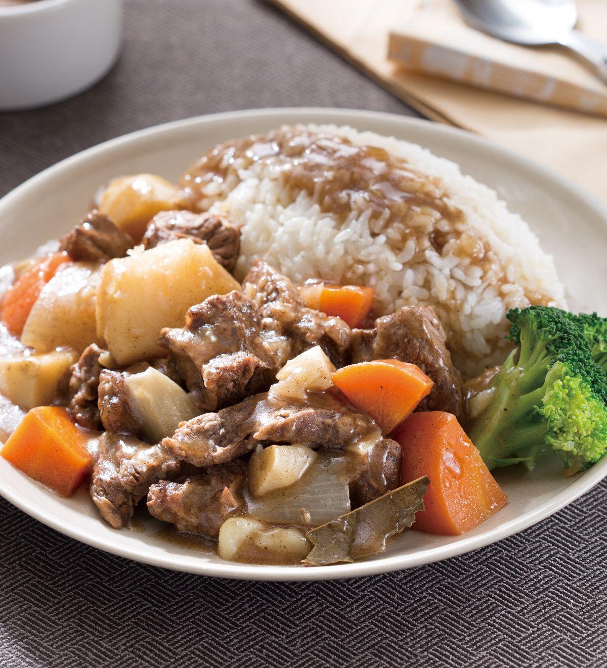 食譜:紅酒燉牛肉飯