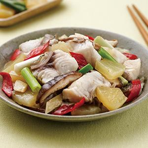 鳳梨炒魚片