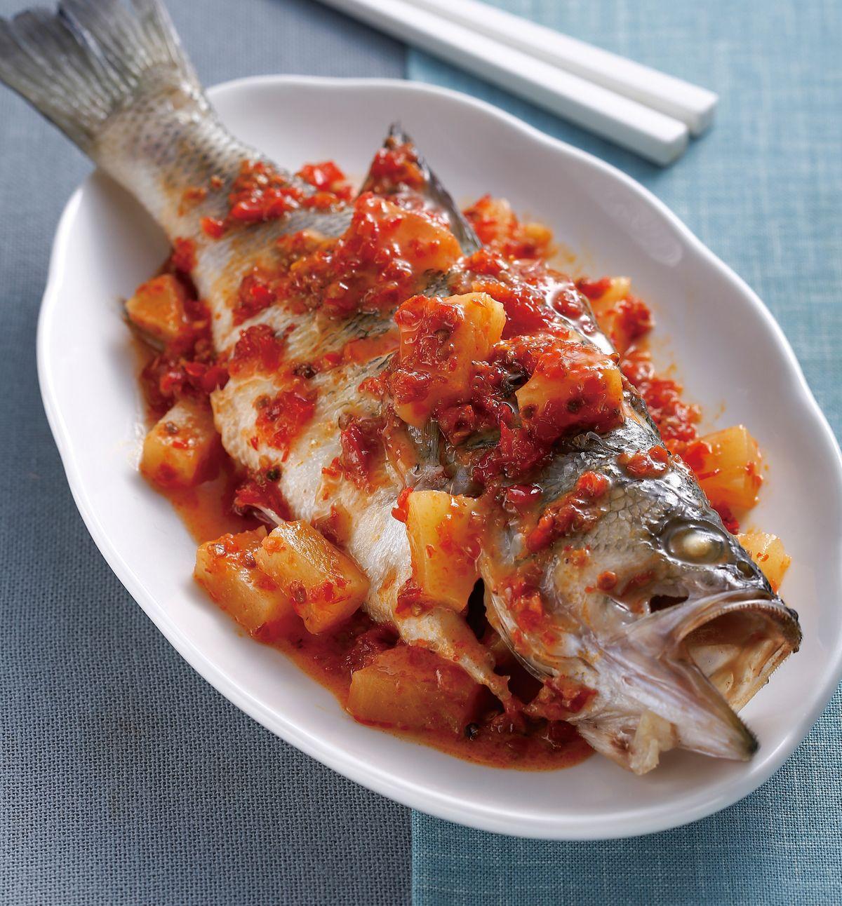 食譜:辣醬鳳梨魚(1)