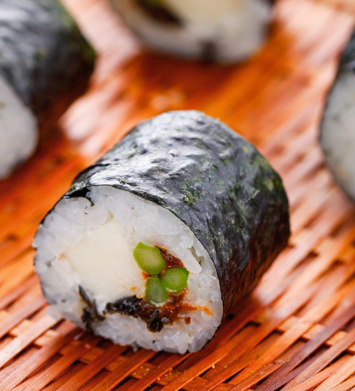 食譜:梅香鮮筍卷