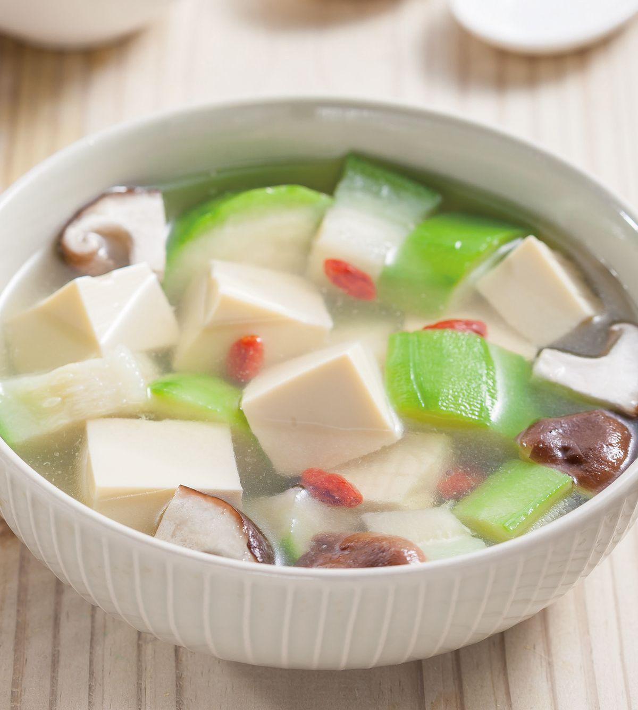 食譜:絲瓜豆腐鮮菇湯