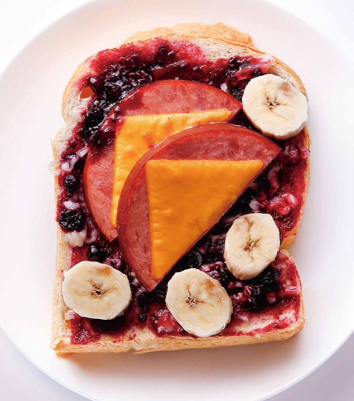 食譜:起司火腿莓果香蕉土司