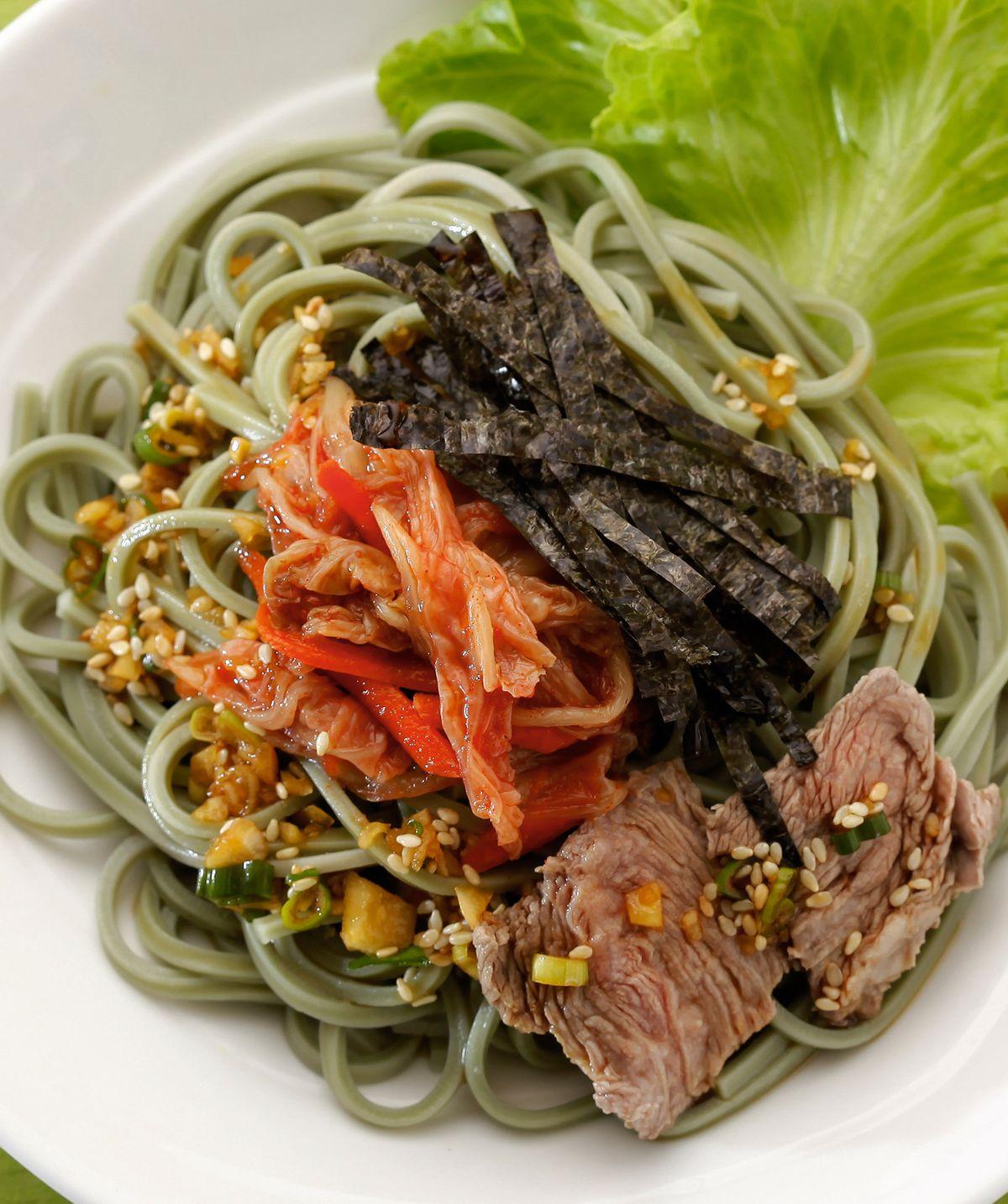 食譜:泡菜牛肉冷麵