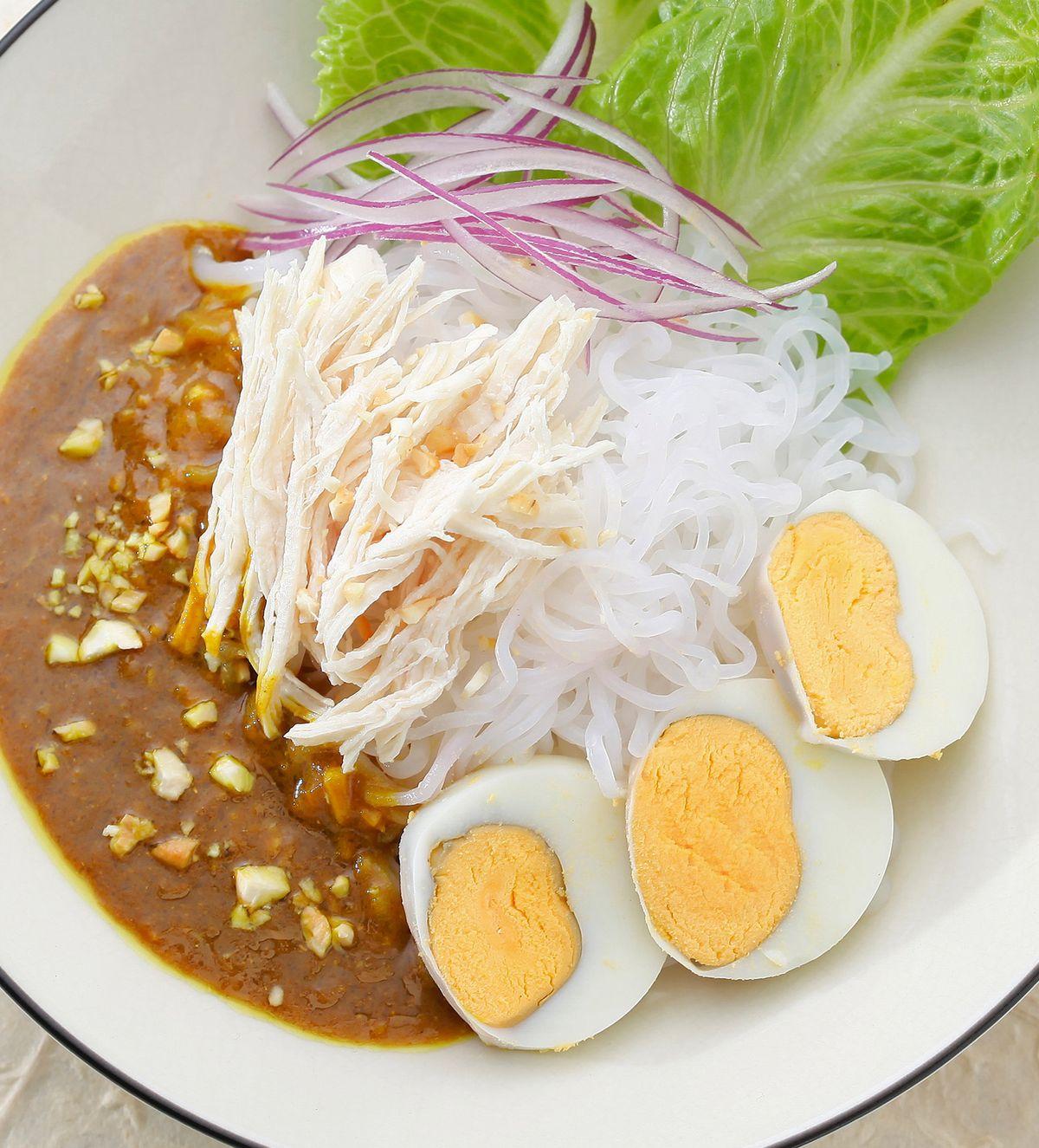 食譜:咖哩雞絲蒟蒻麵