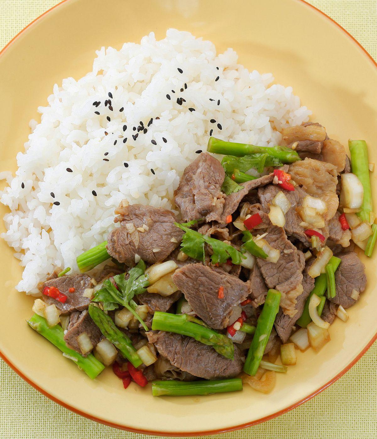 食譜:泰式牛肉拌飯