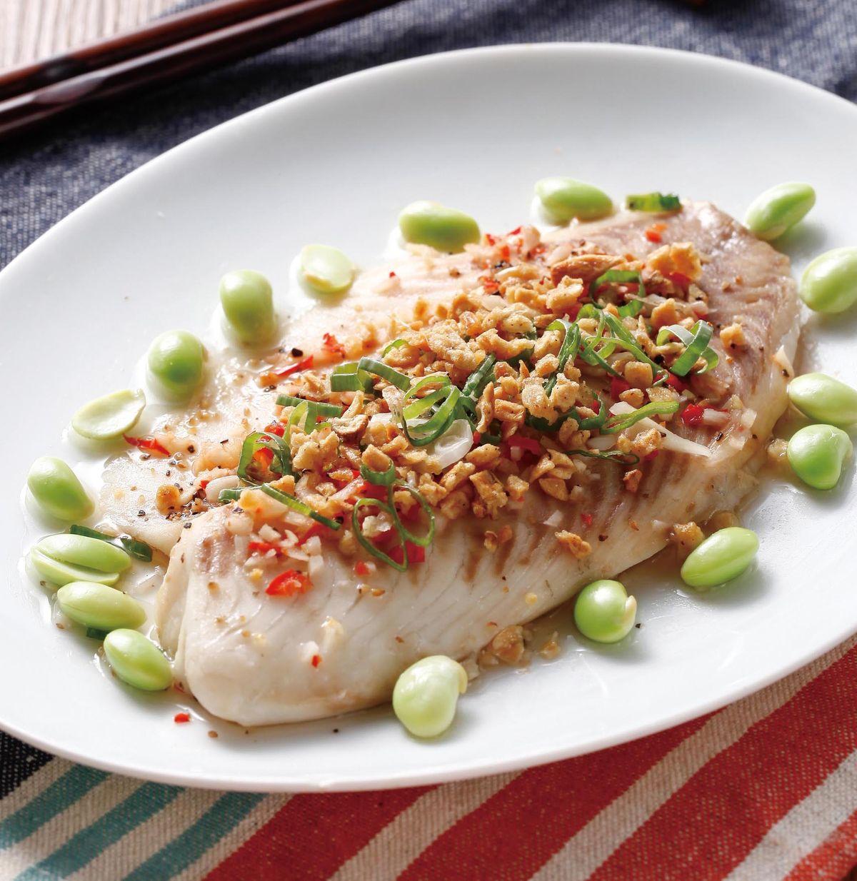 食譜:蒜酥蒸鯛魚