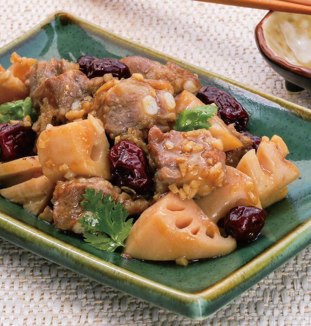 食譜:紅棗蓮藕蒸排骨
