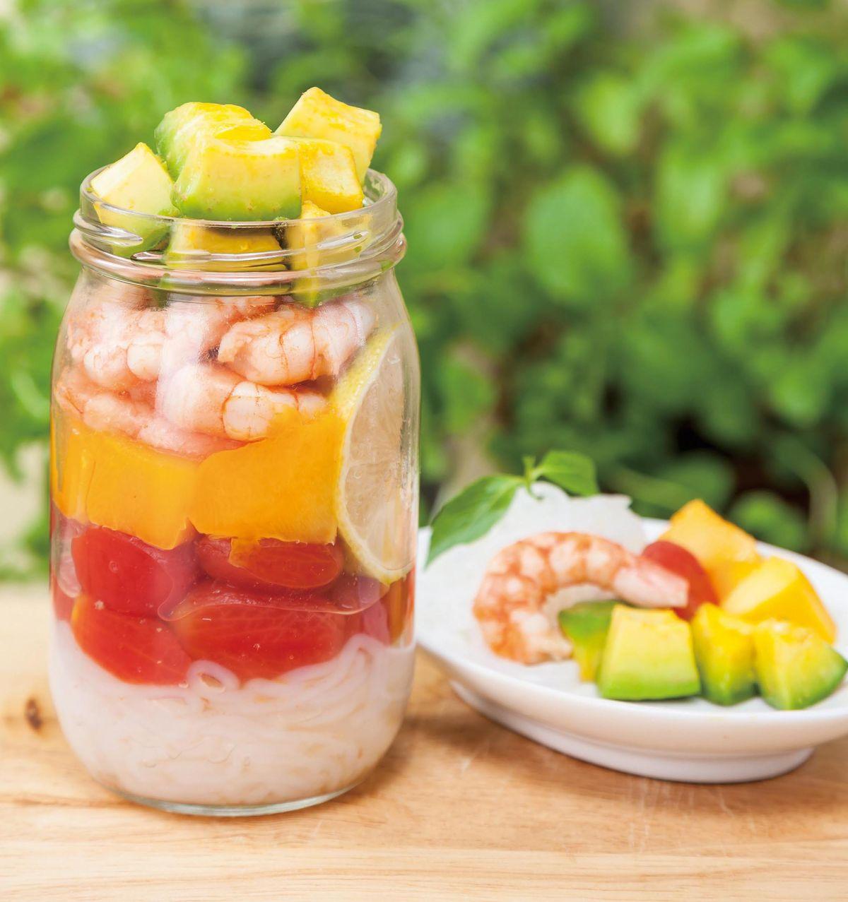 食譜:水果鮮蝦蒟蒻麵罐便當