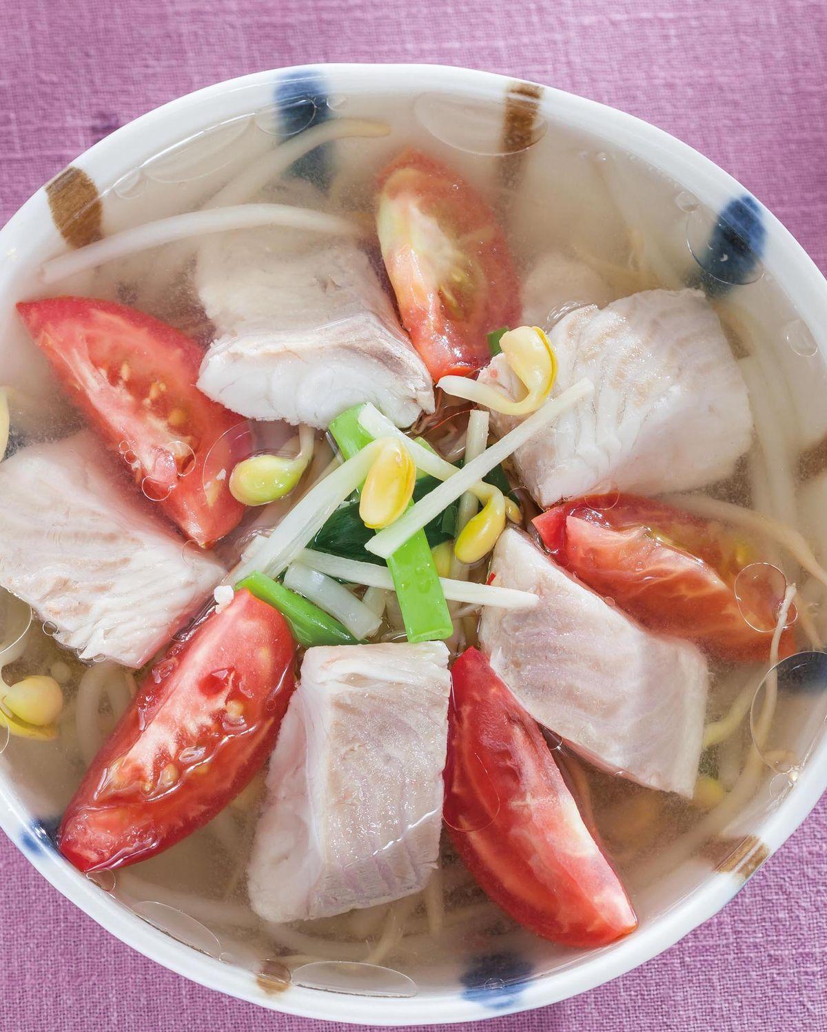 食譜:番茄豆芽魚湯