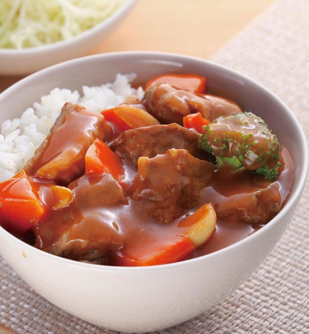食譜:紅燒牛腩蓋飯