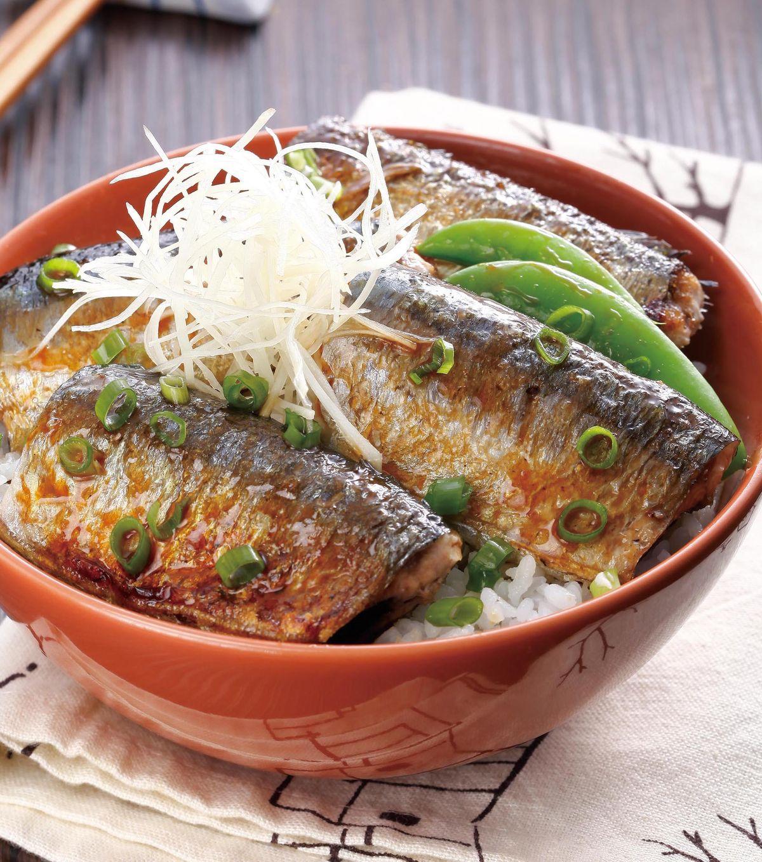 食譜:秋刀魚丼(1)