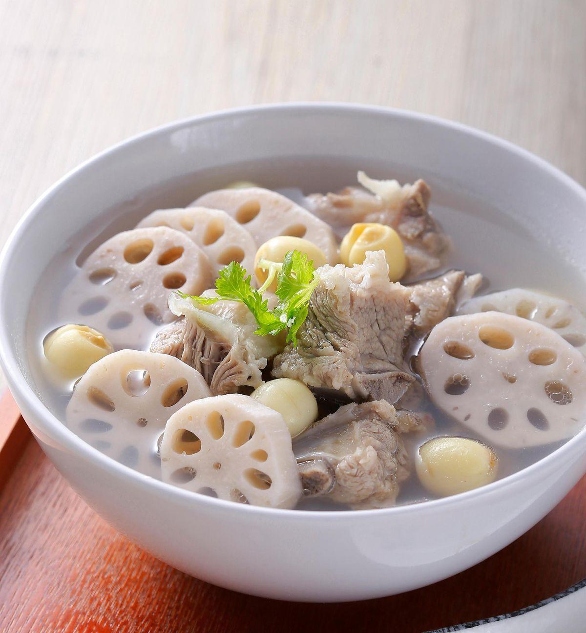 食譜:蓮藕排骨湯(4)