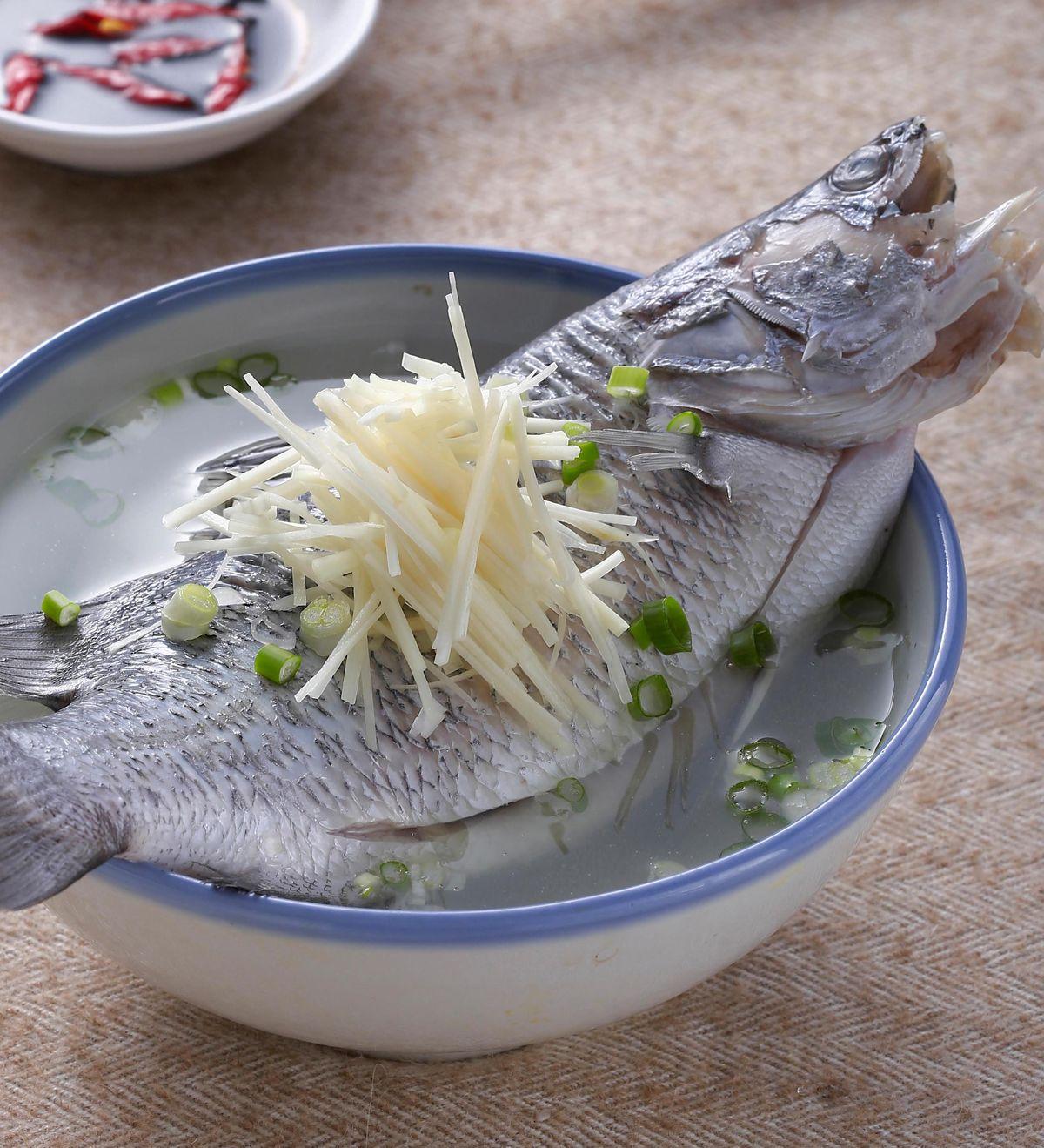 食譜:薑絲鮮魚湯(2)