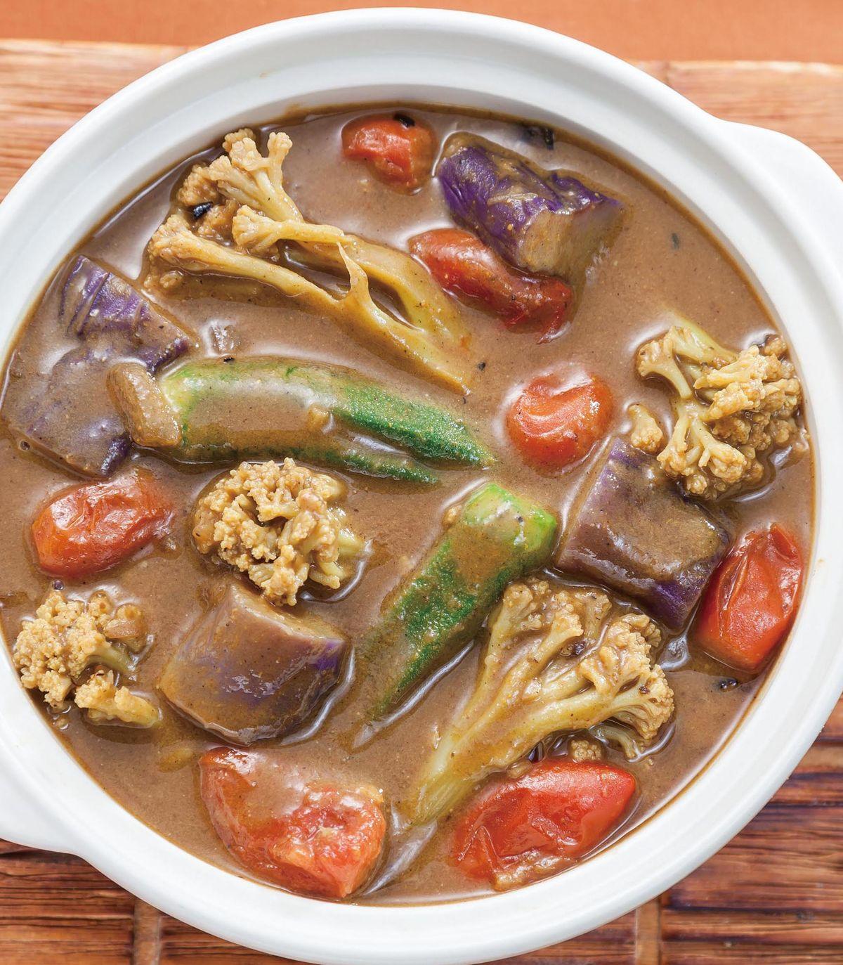 食譜:燉煮蔬菜咖哩