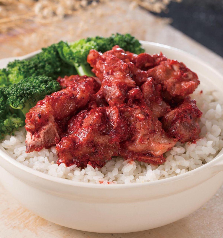 食譜:紅麴排骨煲飯