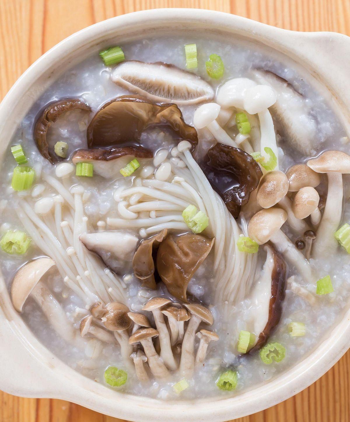 食譜:綜合蕈菇粥