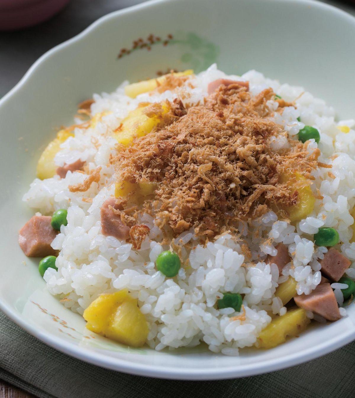 食譜:鳳梨炒飯(2)