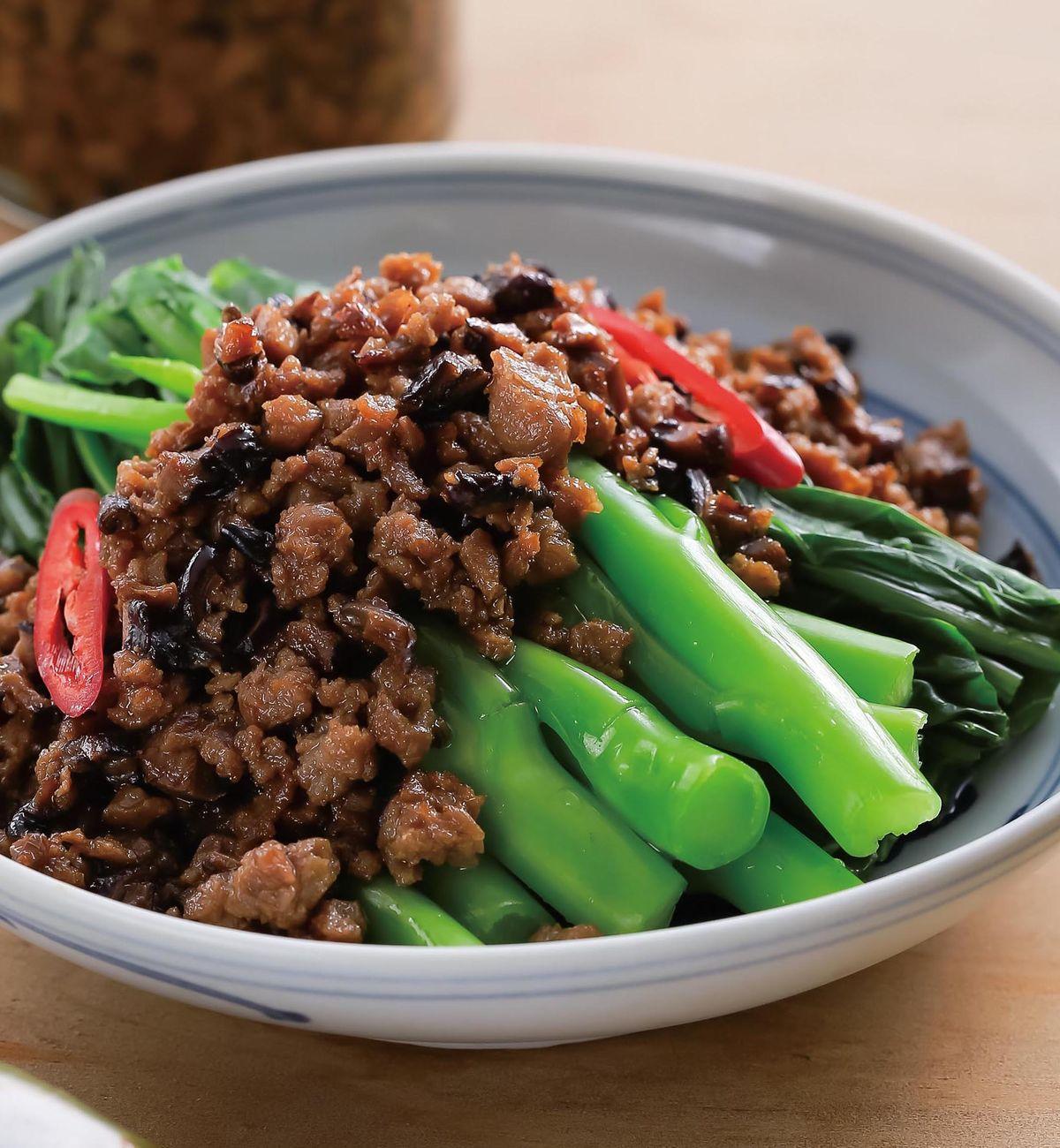 食譜:香菇素肉醬拌芥蘭菜