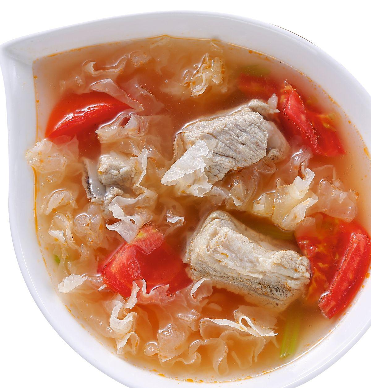 食譜:銀耳番茄排骨湯