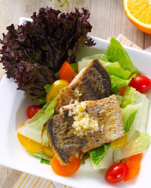 食譜:煎鱸魚溫沙拉